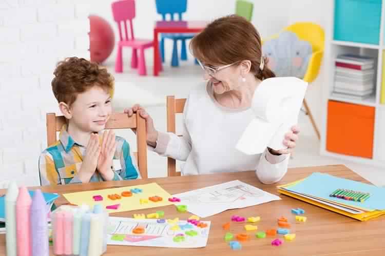 Predictores del lenguaje: la mayoría de los niños con autismo no verbal supera sus problemas de comunicación después de los 4 años