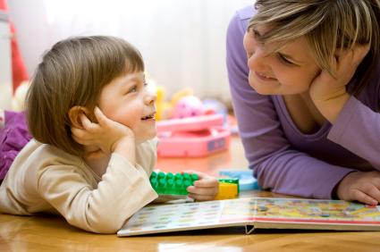 Fomentar el lenguaje: ecolalia y otras pautas básicas