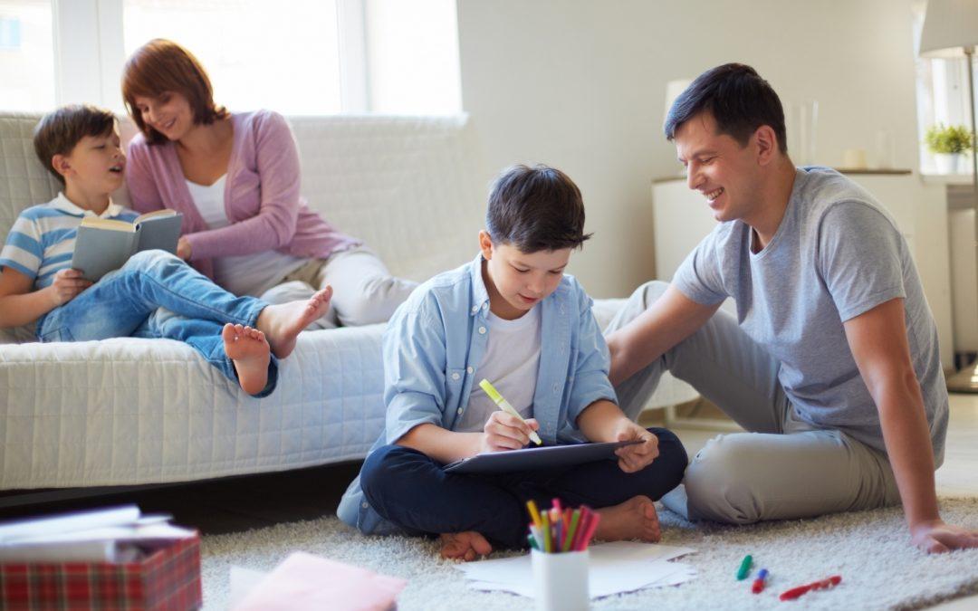 Efecto de las intervenciones administradas por padres sobre la familia