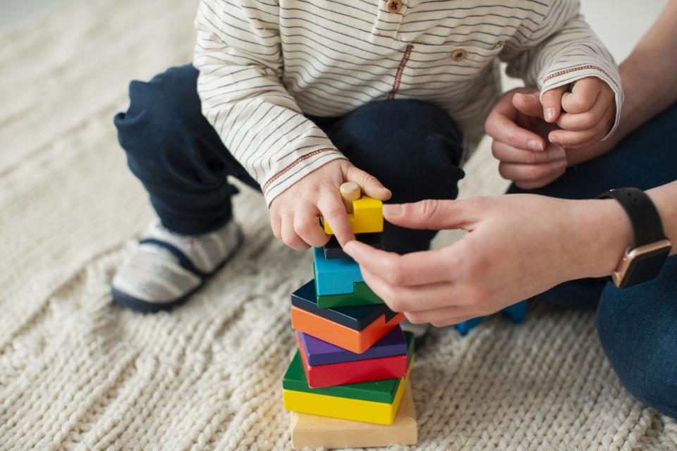 Guía de pautas y estrategias para familias de niños con desafíos en el desarrollo en el marco de la situación de aislamiento social, preventivo y obligatorio